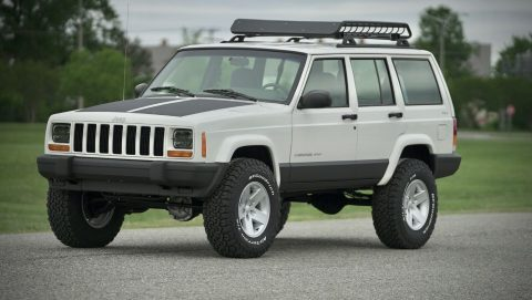 well serviced 2001 Jeep Cherokee Sport offroad for sale