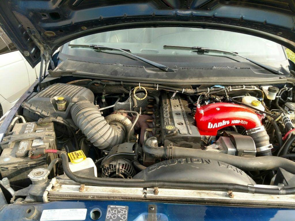 solid 2002 Dodge Ram 3500 SLT pickup offroad