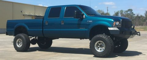 well modified 2000 Ford F 350 XLT pickup offroad for sale