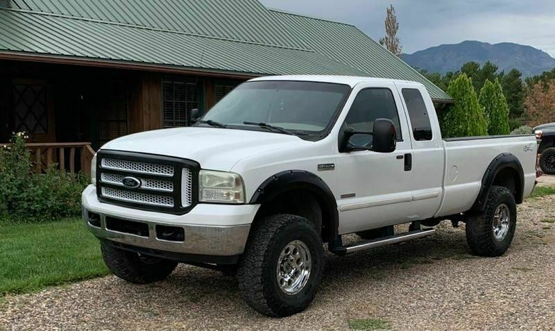 great running 2006 Ford F 150 SD offroad