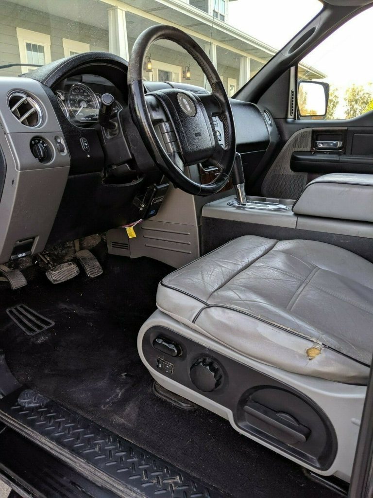 very Clean 2006 Lincoln Mark Series LT offroad