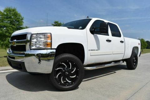 very clean 2008 Chevrolet Silverado 2500 LT w/1LT offroad for sale