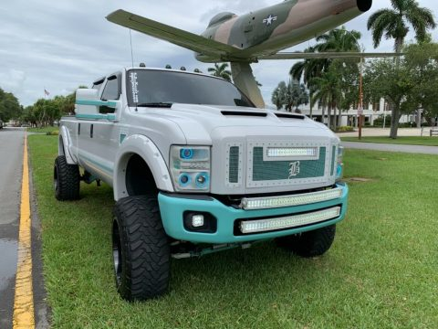 well modified 2008 Ford F 350 FX4 pickup offroad for sale