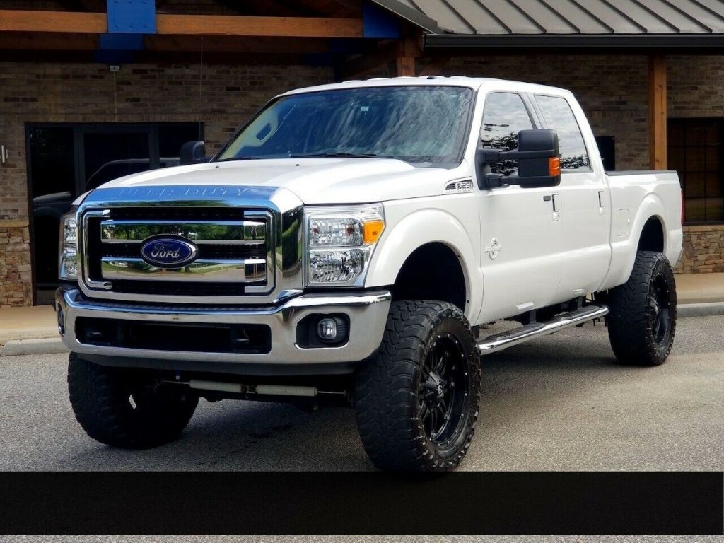 low miles 2015 Ford F 250 XLT offroad
