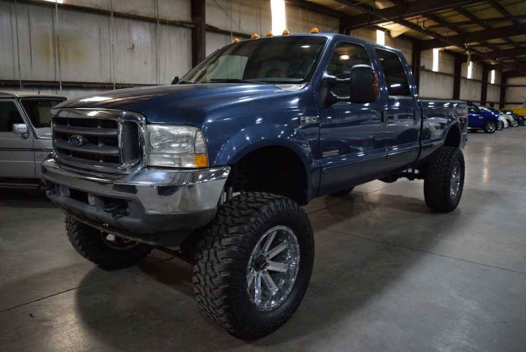 very nice 2004 Ford F 250 Lariat offroad