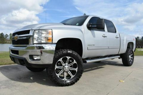 clean 2013 Chevrolet Silverado 2500 LTZ offroad for sale