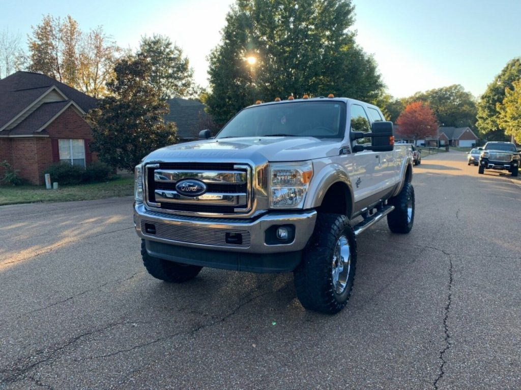 great shape 2011 Ford F 250 Lariat offroad