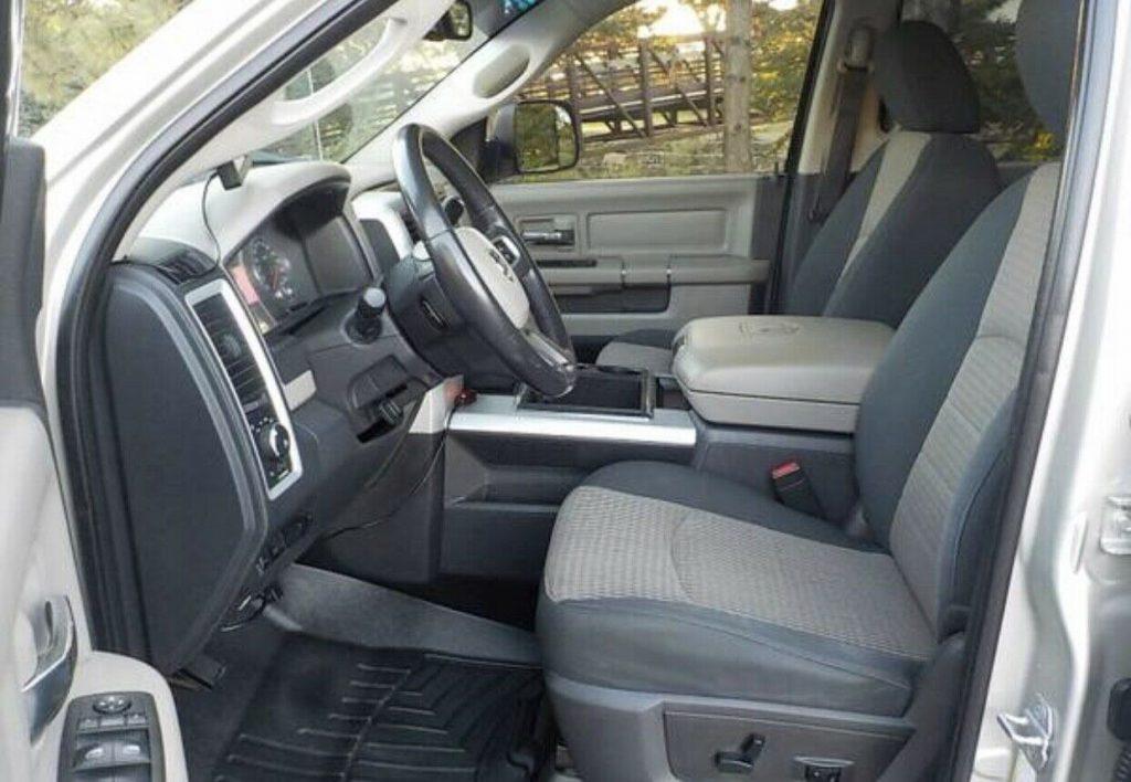 loaded 2010 Dodge Ram 3500 SLT offroad