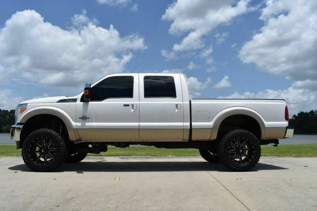 clean 2014 Ford F 250 Lariat offroad