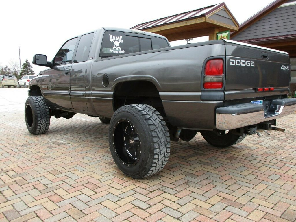 no rust 2002 Dodge Ram 2500 LARAMIE offroad