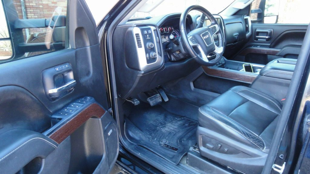 well equipped 2015 GMC Sierra 2500 SLT offroad