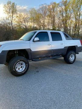 never offroaded 2003 Chevrolet Avalanche K1500 offroad for sale