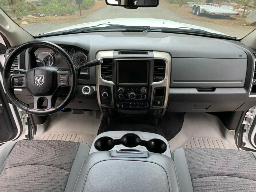 custom 2013 Dodge Ram 3500 SLT offroad