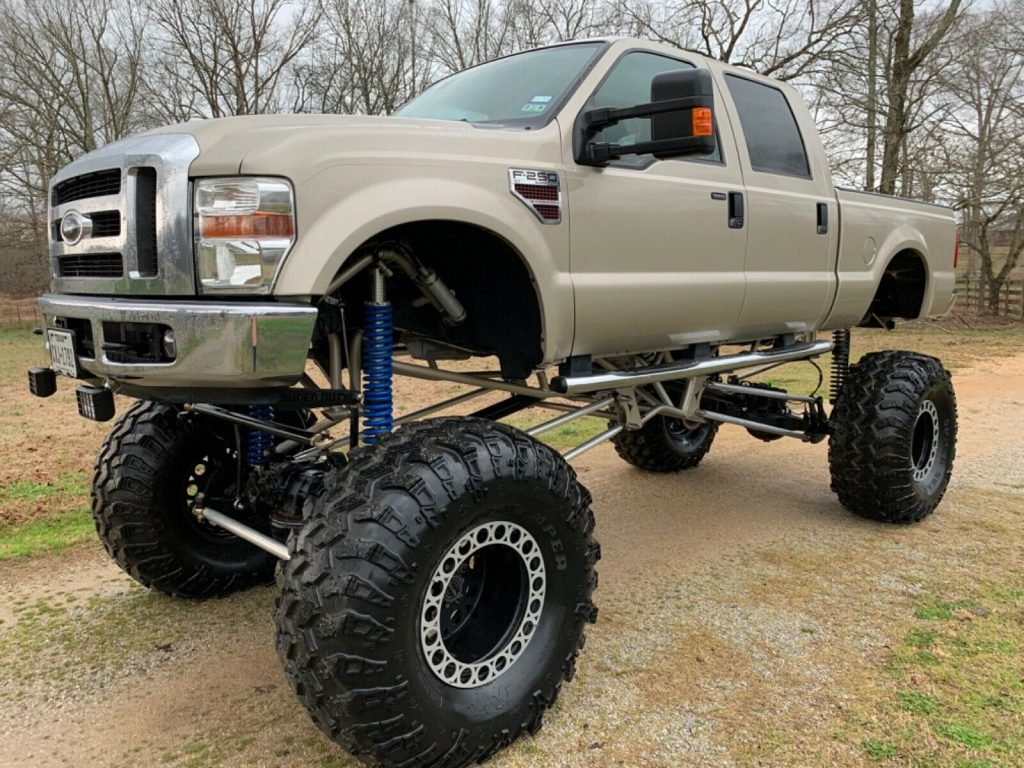 low miles 2009 Ford F 250 Xlt offroad